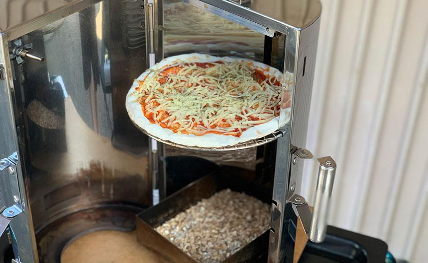 ピザ 燻製
